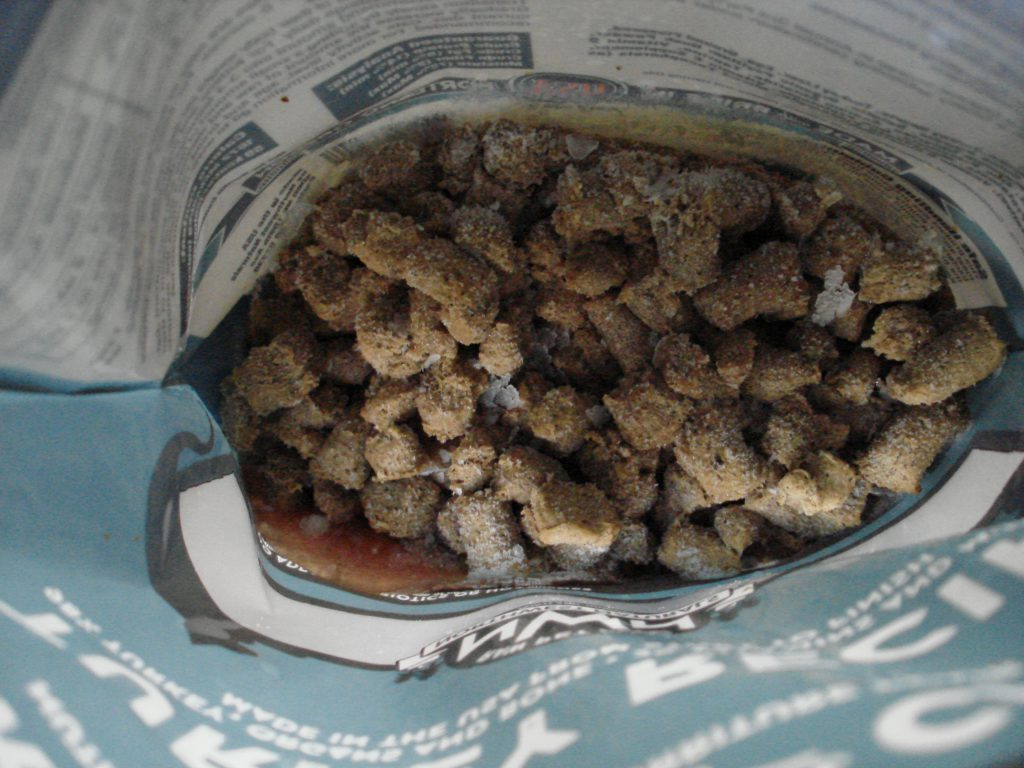 Open bag NW Naturals turkey cat food
